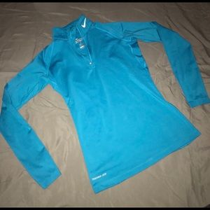 NWOT Nike Active Long sleeve thermal dry fit top S